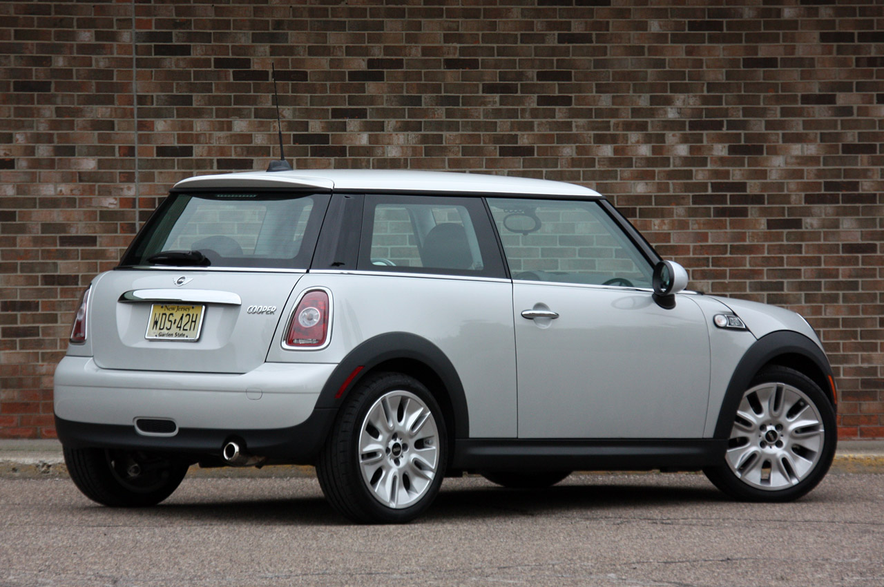 2010 mini cooper 50 camden edition reviews photo gallery. Black Bedroom Furniture Sets. Home Design Ideas