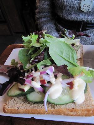 Burgoo Tasty Chicken Sandwich