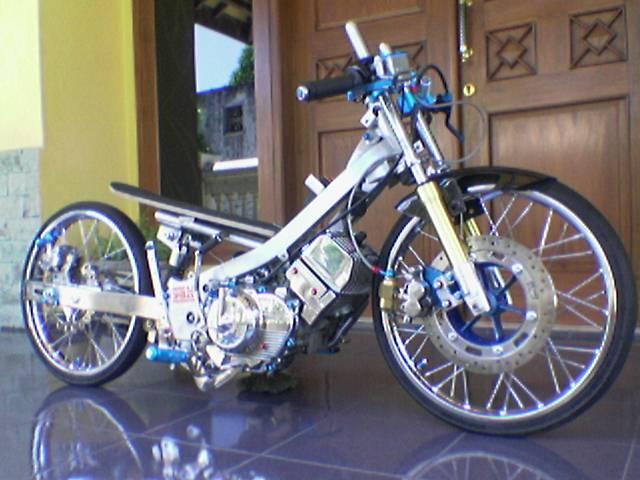 Modif Motor Yamaha 2011: Modifikasi Motor Drag Race