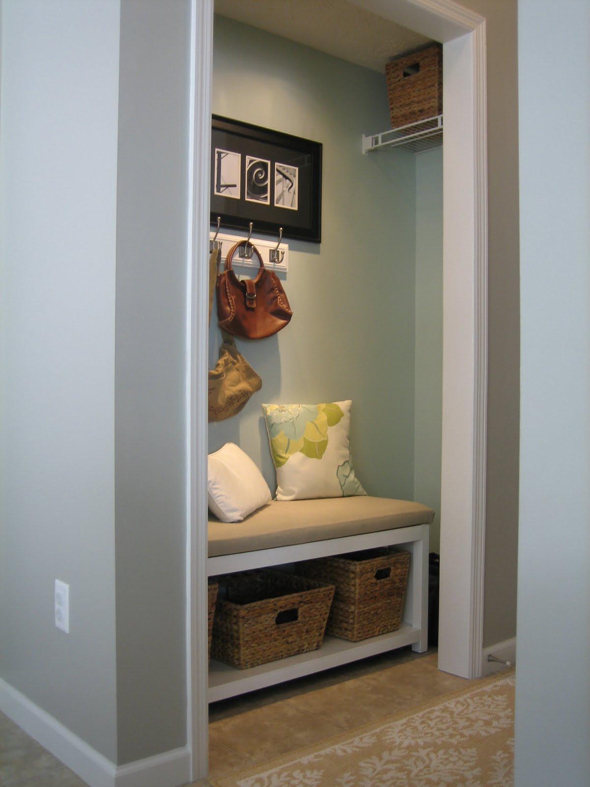 Small Mud Room Bench Diy