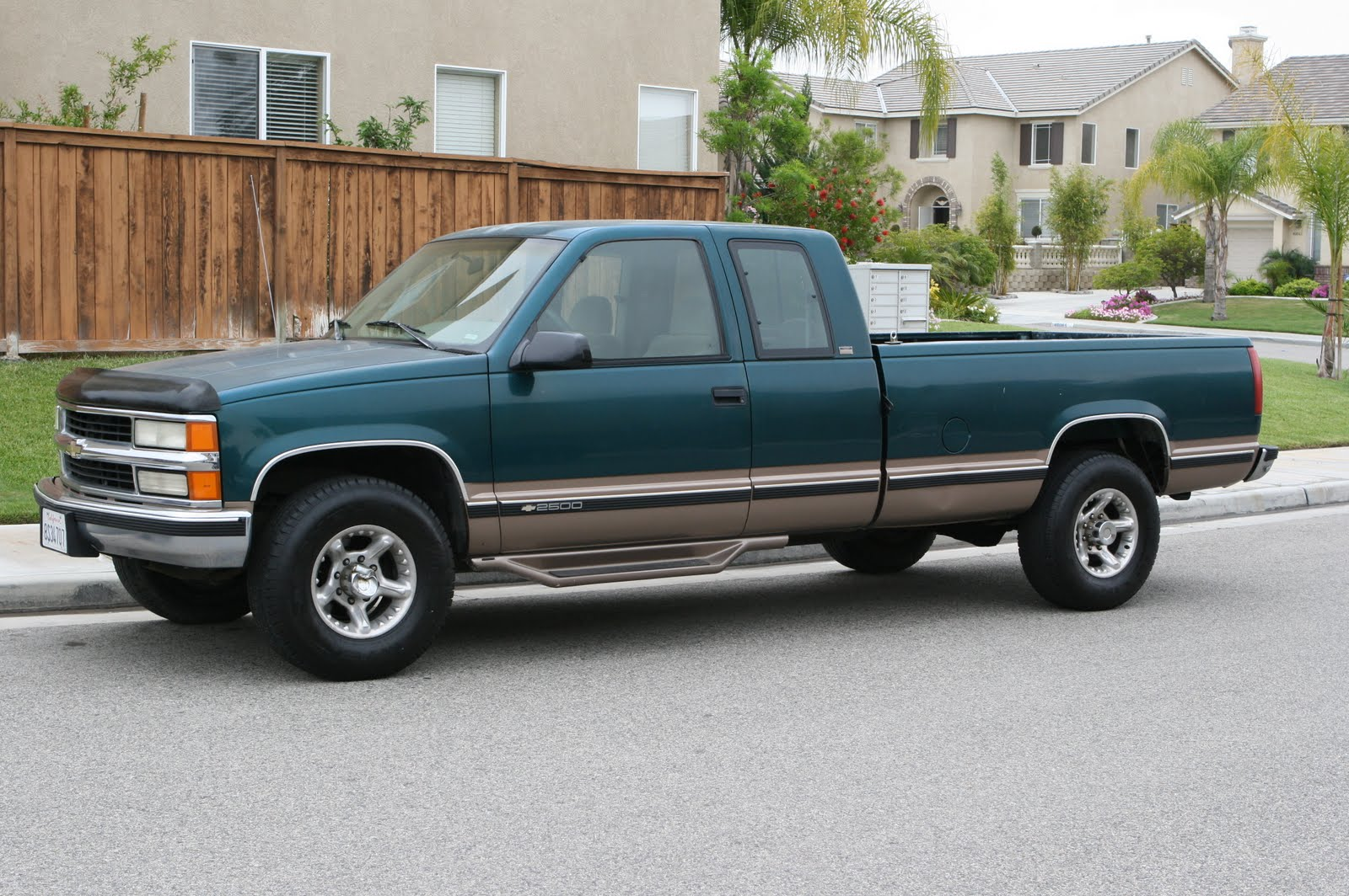 used chevrolet 2500hd truck for sale pick up truck 2wd autos post. Black Bedroom Furniture Sets. Home Design Ideas