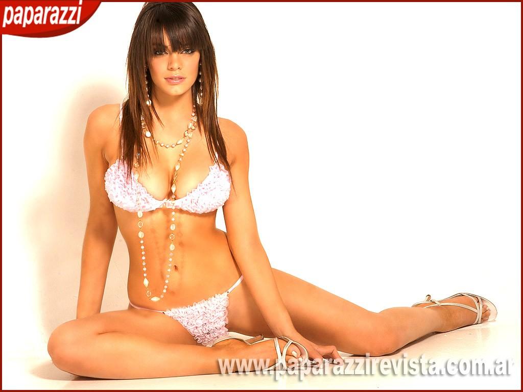 Emma roberts and ryan sheckler dating kayla 8