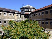 prisons de lyon université catholique