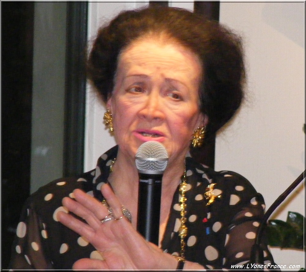 Simone André