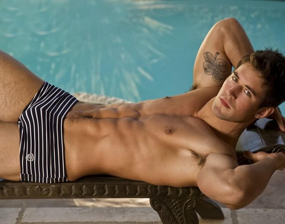 Male naked celebrity