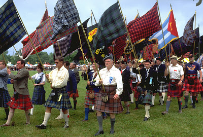 EDINBURGH-CLANS-GATHERING-HOMECOMING-SCOTLAND..jpg