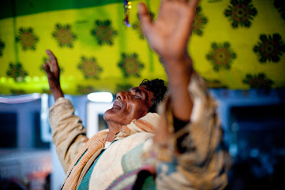Bauls of Bengal in Ecstasy, Baul Music Listener