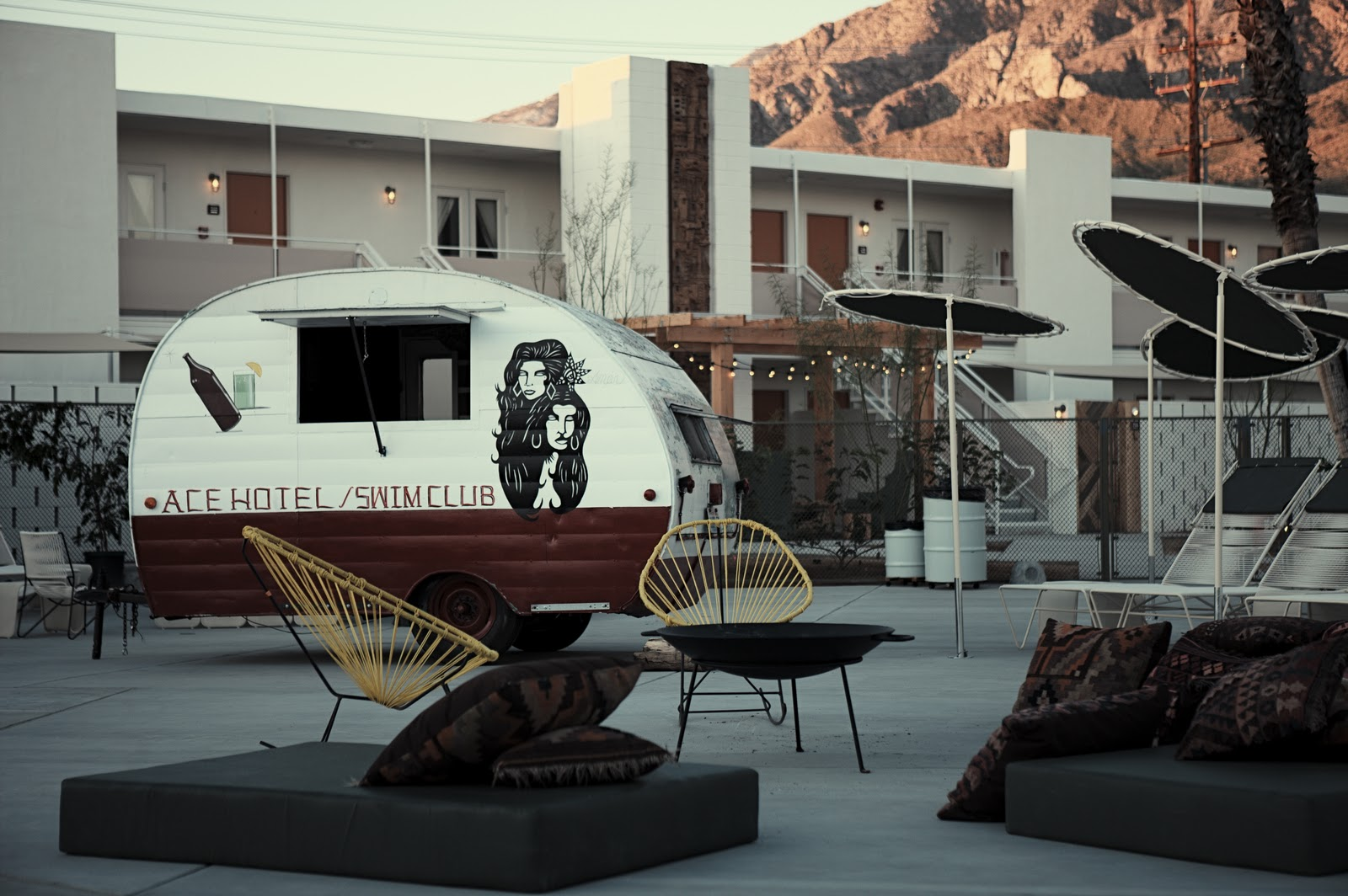 My favorite things ambiance palm springs for Ace hotel decor