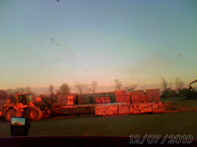 The Day and Life of a Flatbed Trucker: 12-07-10 Load of ...