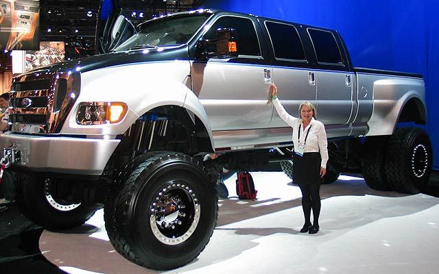 Super Cars, Trucks, and SUV's: Ford F650 Super Duty Extended
