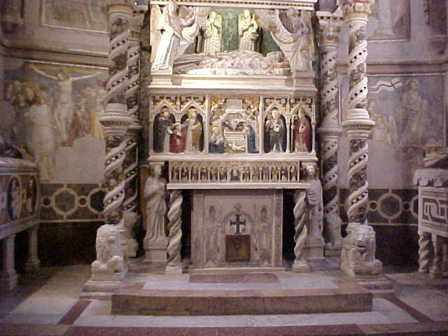 Centro Storico Di Napoli: La Cappella dei Capece Minutolo