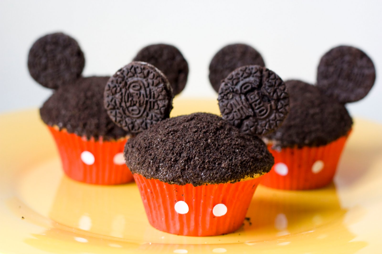 Ericas Sweet Tooth Mickey Cupcakes