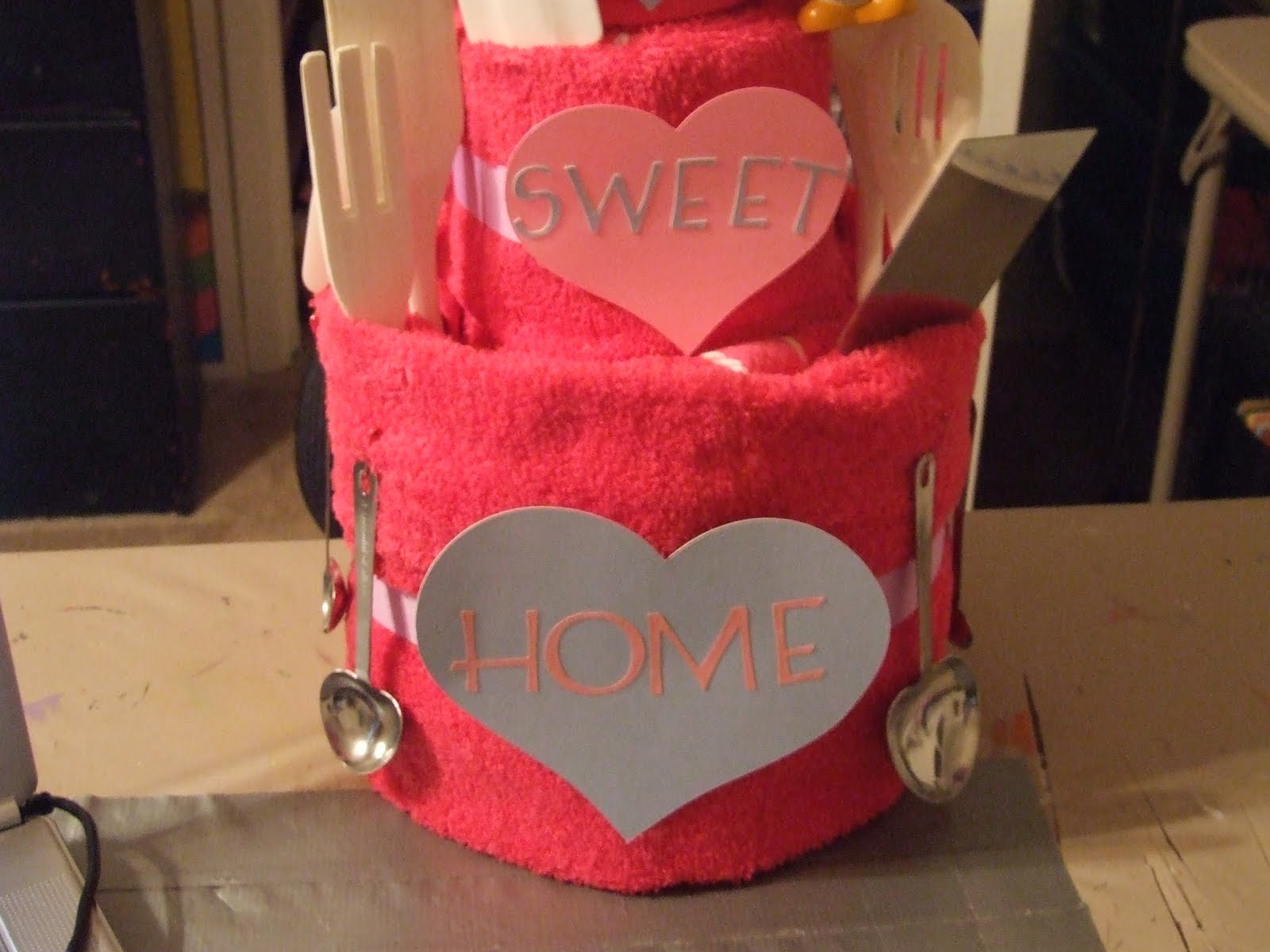 Housewarming Gift For Sister Jean 39s Crafty Corner Towel Cake For My Sister 39s