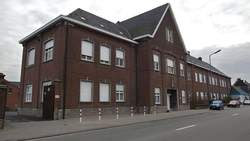 Prédio onde funcionou o orfanato Stella Maris, na Bélgica
