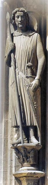 Estátua de Roland, portal da catedral de Chartres, França