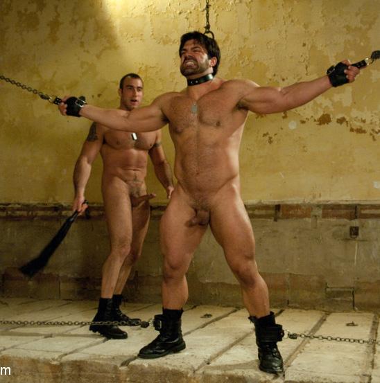 Bondage bodybuilders in