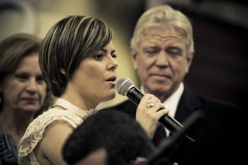 Anna Santos Abril 2010: Doa A Quem Doer: Abril 2010