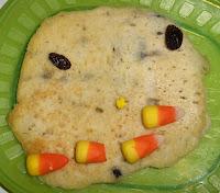 Muffin Tin Monday - Pancake Pumpkin Faces