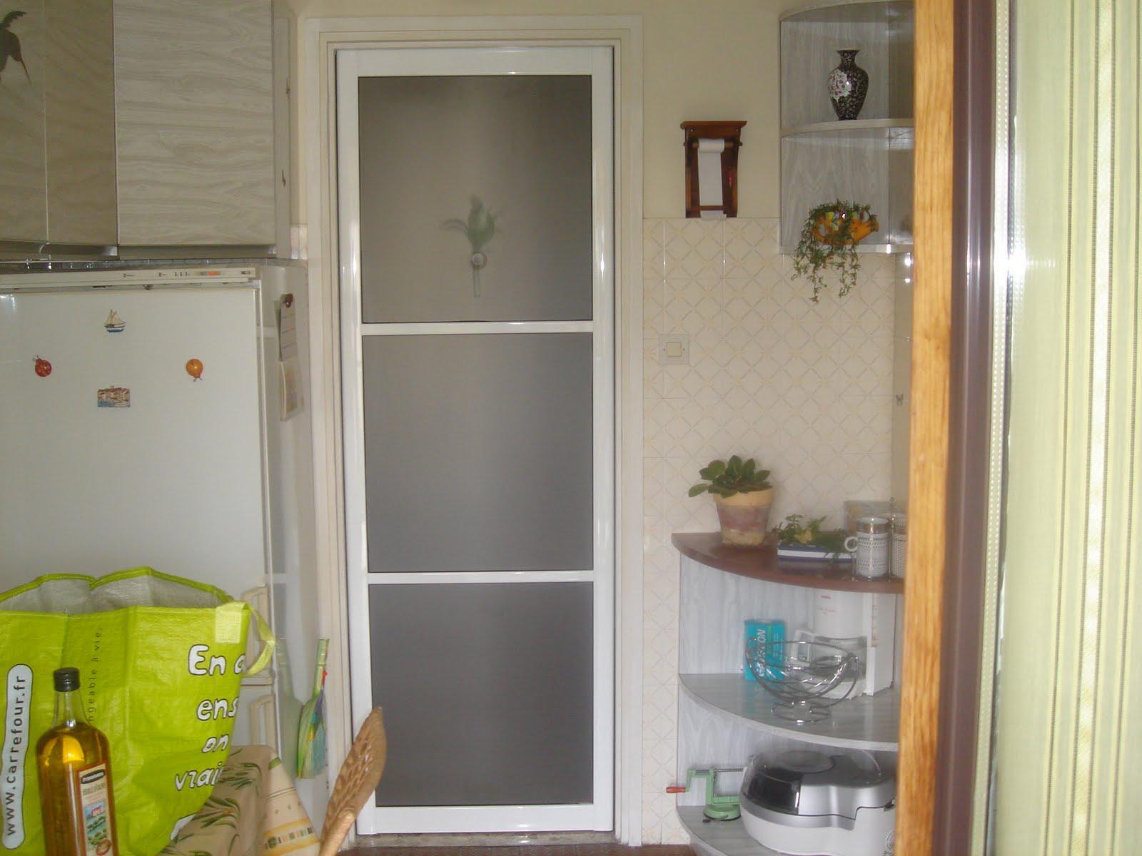 profession menuisier placard porte de separation et porte. Black Bedroom Furniture Sets. Home Design Ideas