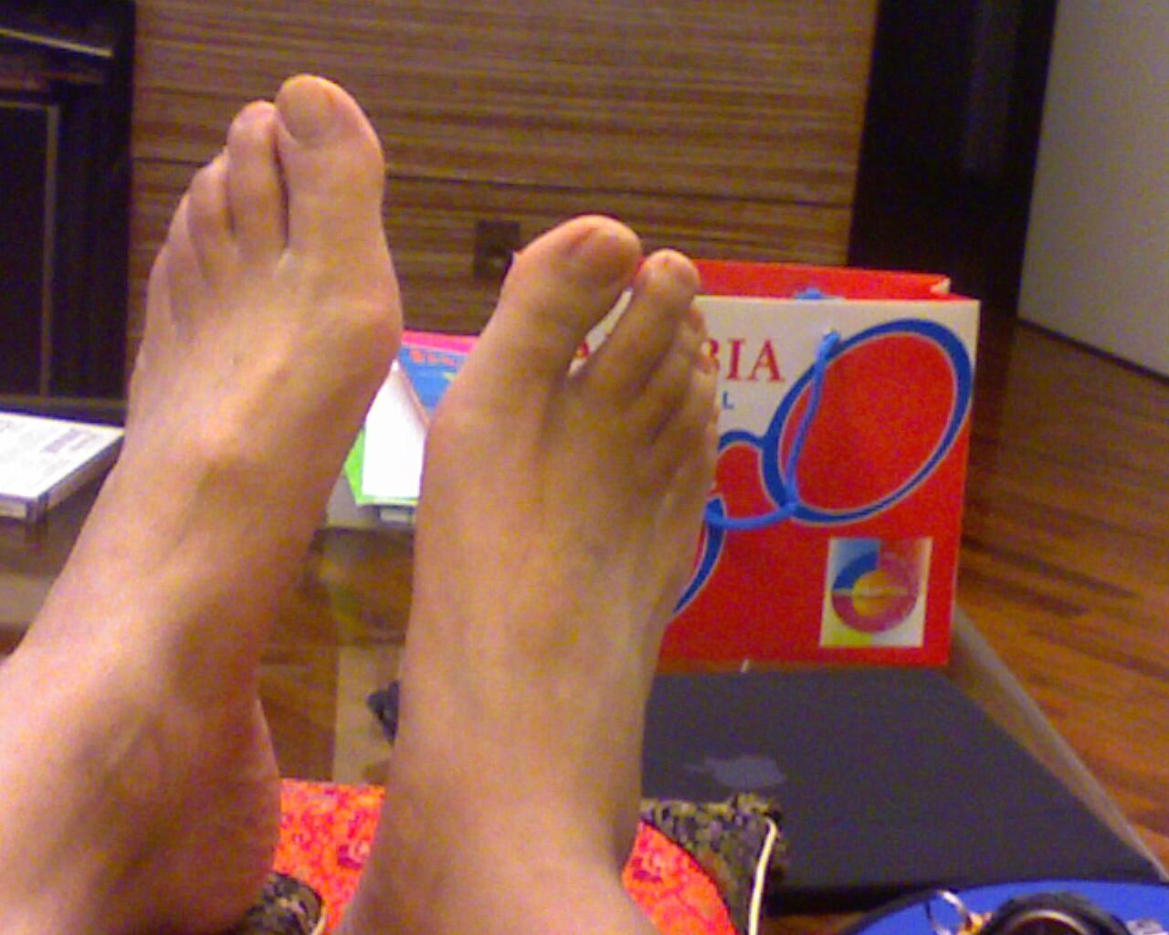 Mandolo was here Foot comparison