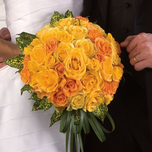 Wedding Flowers Yellow Roses: Premium Flowers: The Meaning Of Different Wedding Flowers