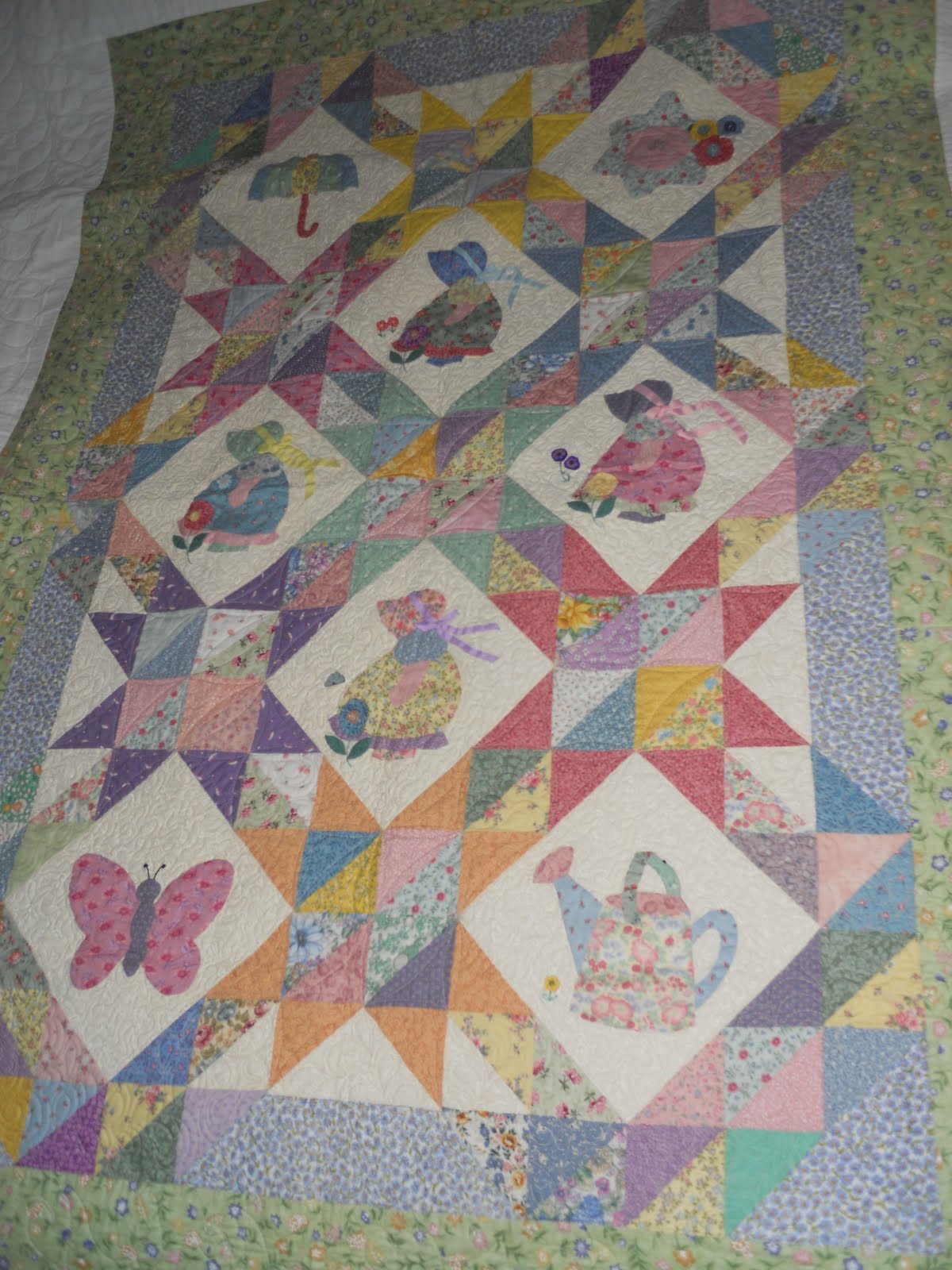 3918313541 additionally Sunbon  Sue Quilt also Neo patchwork zigzag furthermore Pd Cleopatra S Fan moreover Art Deco Pattern. on fan quilt block pattern