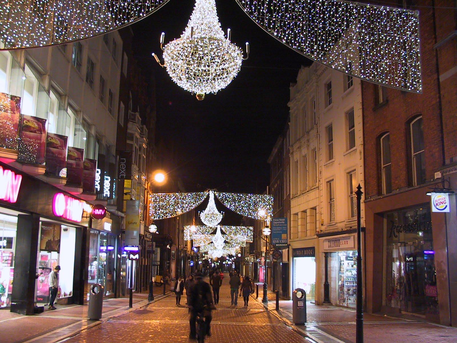 Dublin taxi: Christmas tree all lighted up