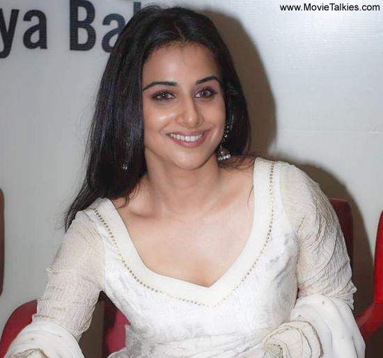 Unseen Tamil Actress Images Pics Hot Vidyabalan Latest -4596