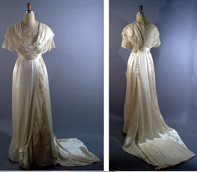 Past Perfect Vintage: Vintage Wedding Dresses Wanted