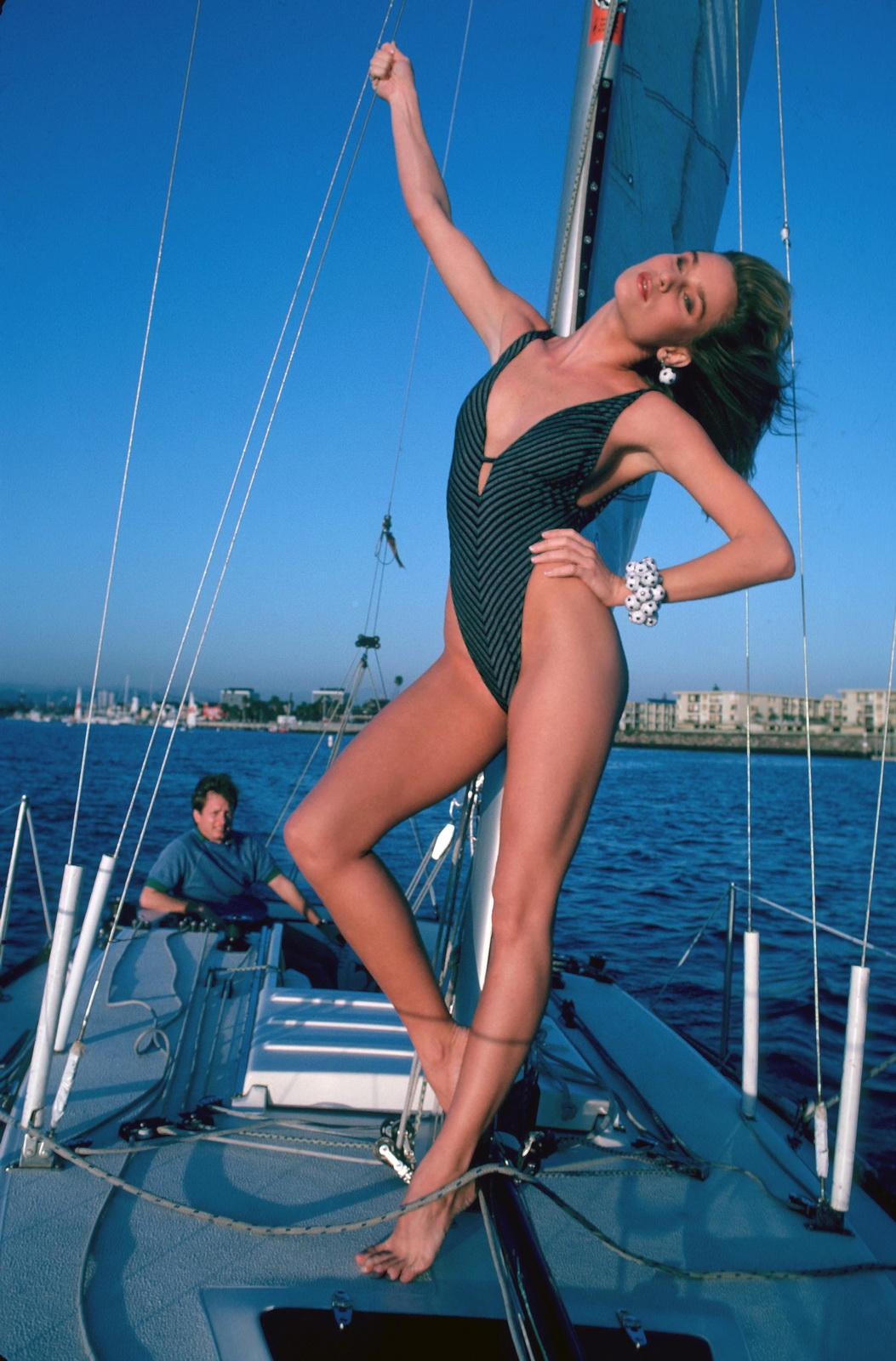 Celebrity Naked Pictures Nicollette Sheridan Hot Bikini -6639