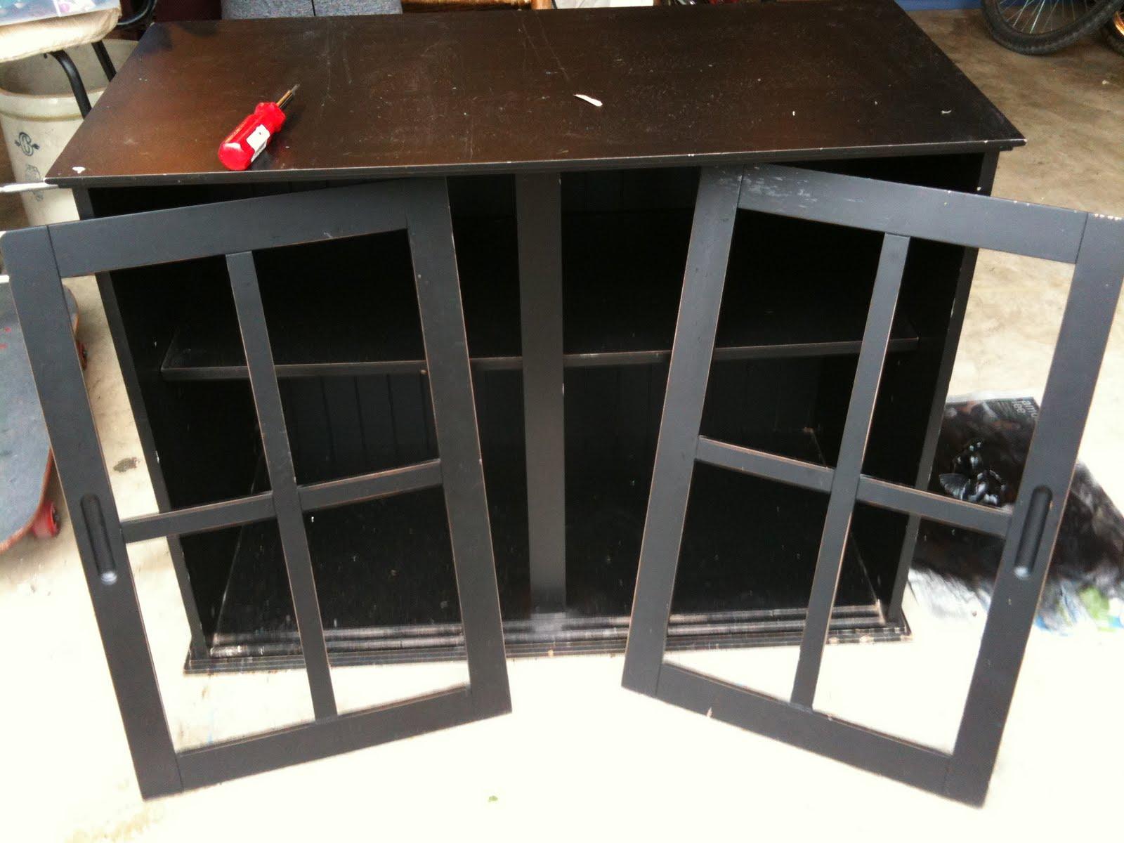 Smashing Rubbish Black Cabinet Makeover