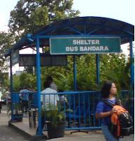 Shelter Bus Bandara di Terminal Purabaya