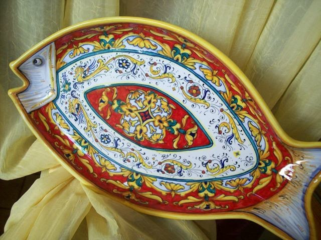 Ceramica che passione in un piatto decorato il sapore di mare - Piatti di frutta decorati ...