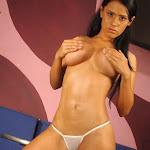 Andrea Rincon, Selena Spice Galeria 1 : Traje Oriental Rojo Foto 199