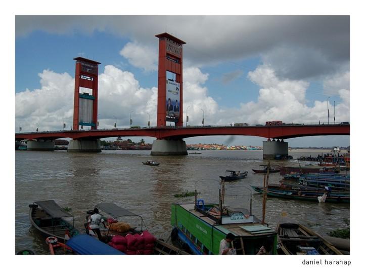 Deossa Jembatan Ampera