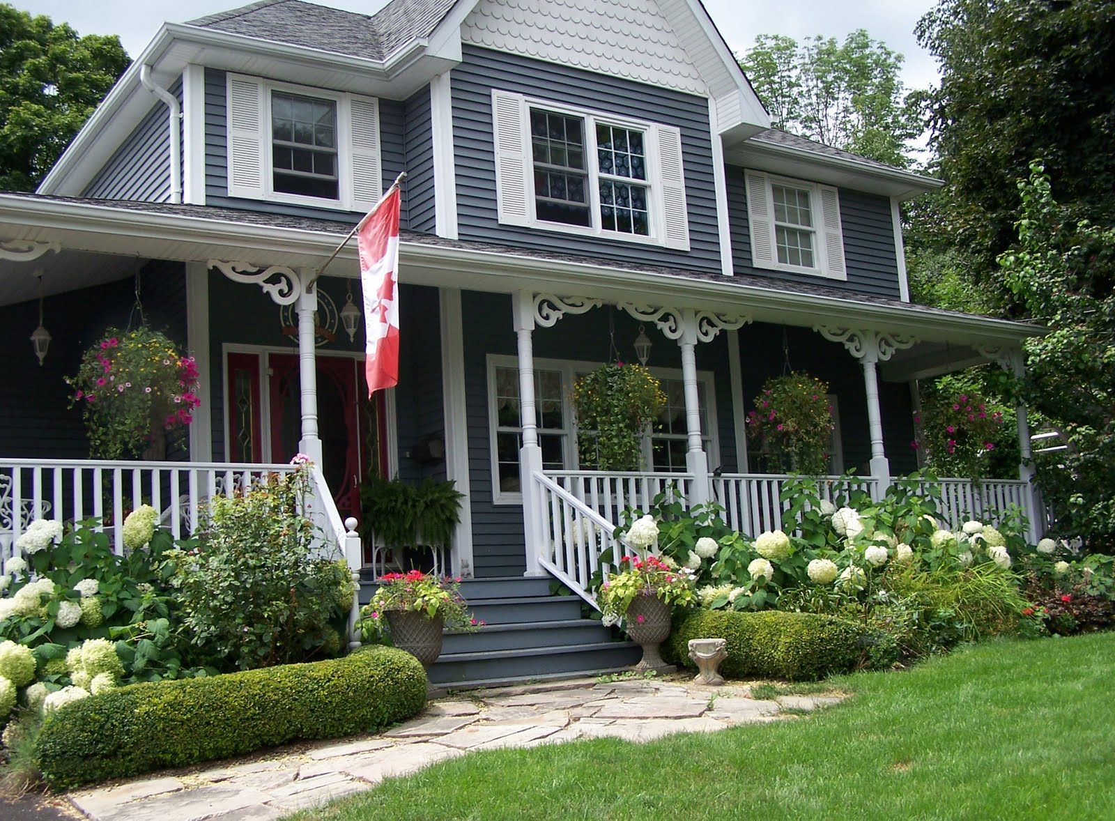Small Cottage Decorating Ideas