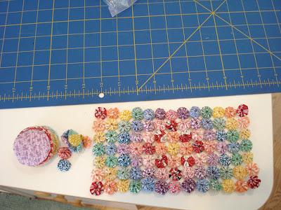 Mini Big Head Baby Doll pattern | Modèle poupée crochet, Modèles ... | 300x400