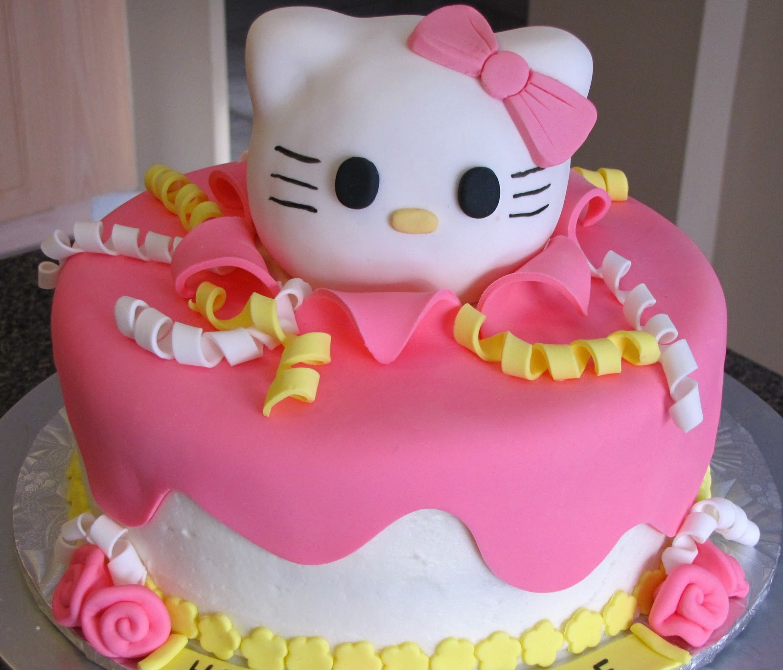 Maries Manor Hello Kitty: Ann Marie's Creative Cakes: Hello Kitty