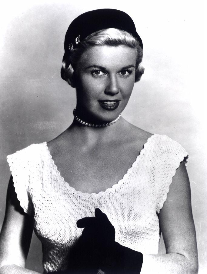 Doris Day Walking Dog Pictures: Nothingandall