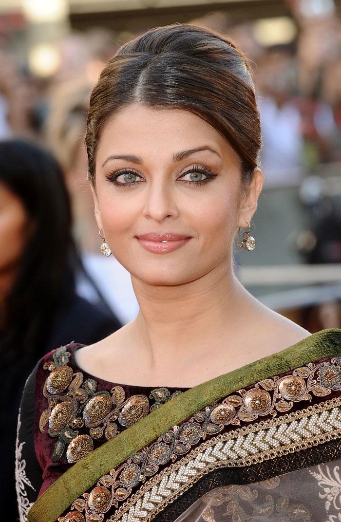 TAMIL FILM NEWS: Aishwarya Rai rare photos