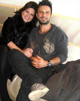 Tarkan and close friend Sibel Can photographed on their way to Moscow for a private function