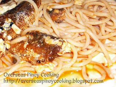 Spaghetti with Fried Sardines