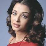Aishwarya In Transparent Red Saree   Red Hot