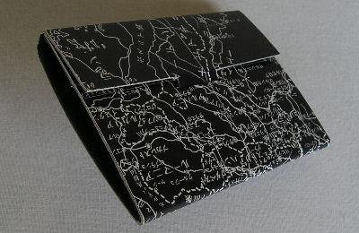紙のカードケース