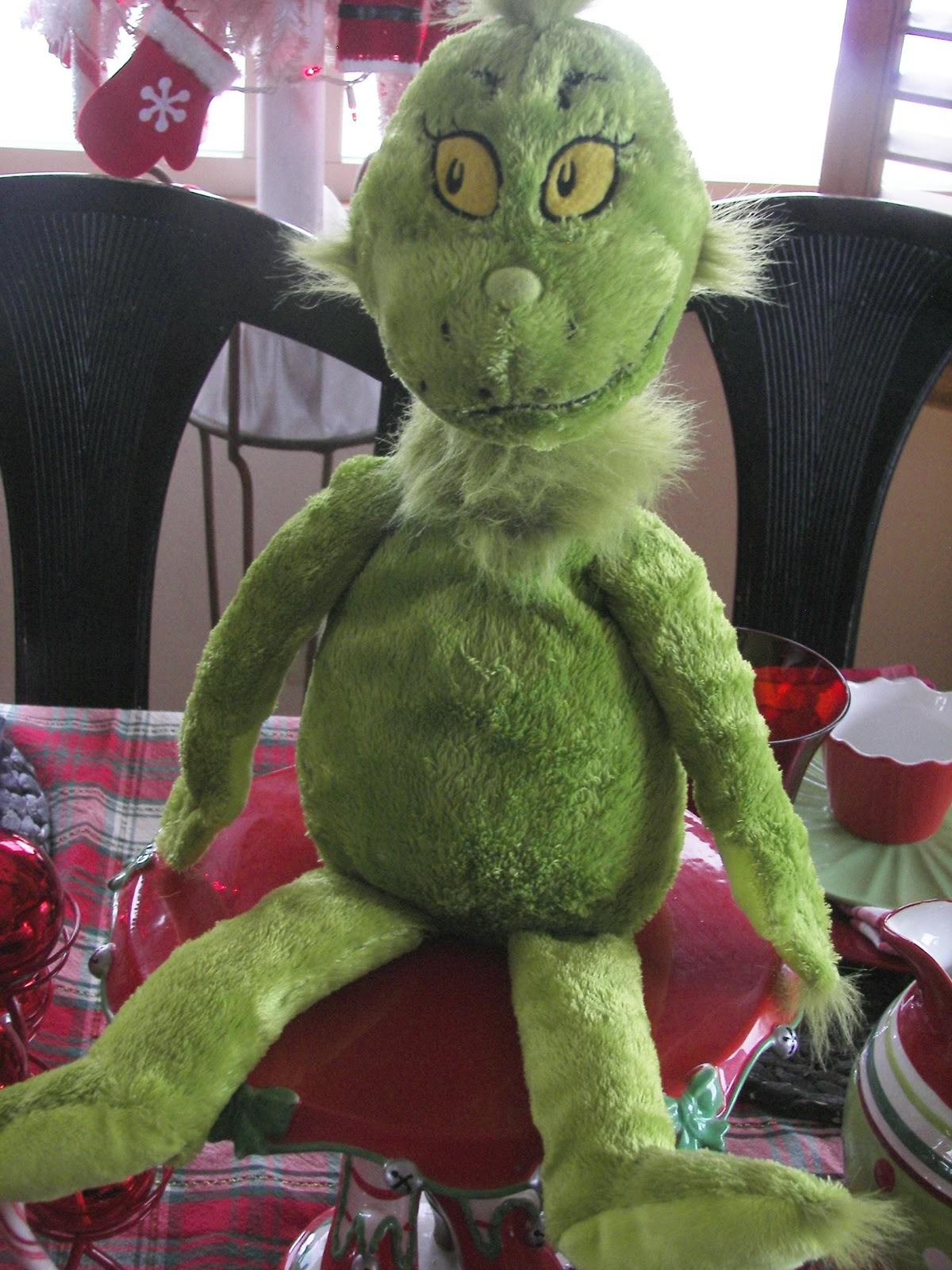 Part P Certificate >> Red Couch Recipes: You're a Mean One Mr. Grinch Tablescape