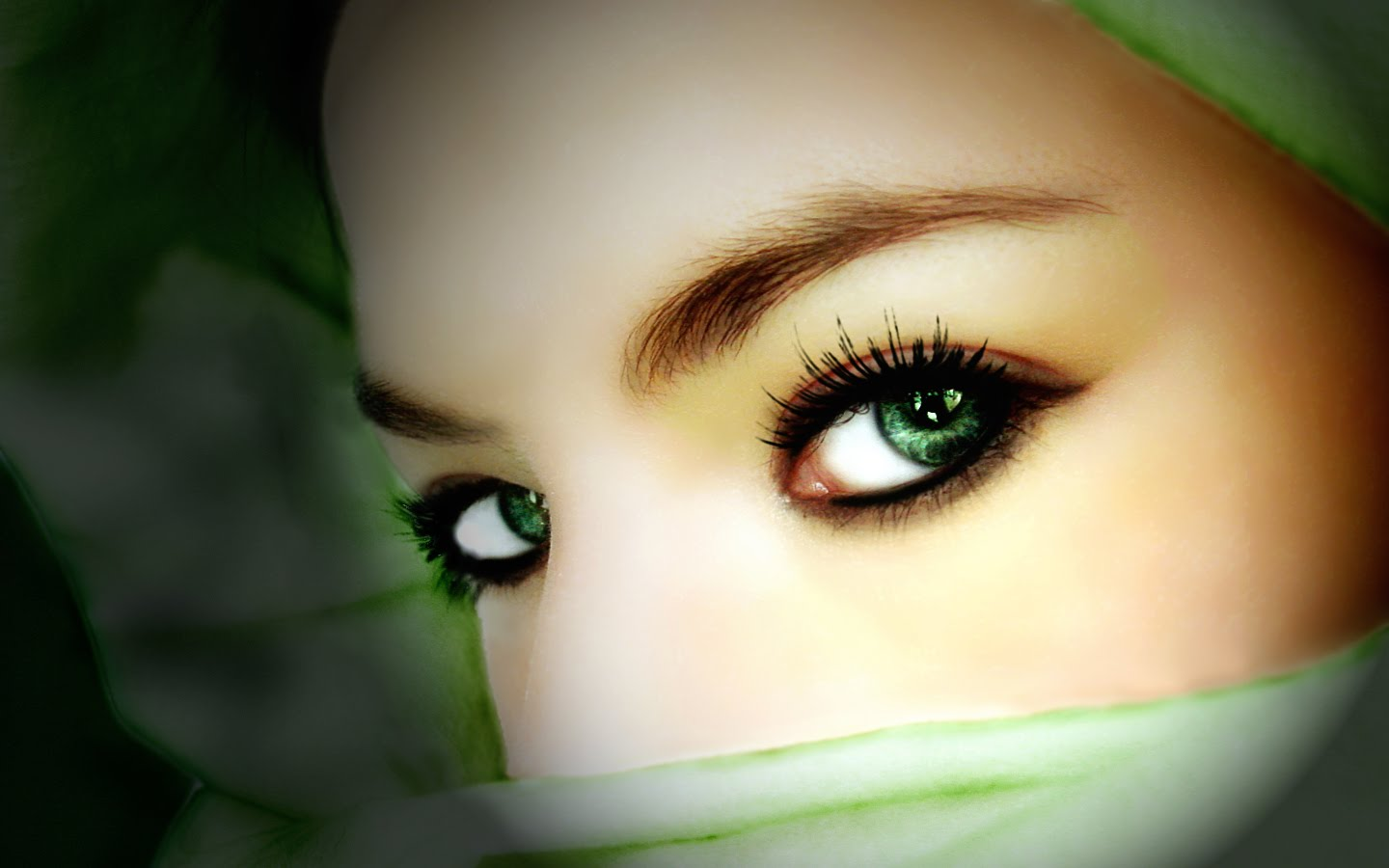 Sad Cute Baby Wallpaper Download Most Beautiful Eyes Of Arab Muslim Girls Wallpapers