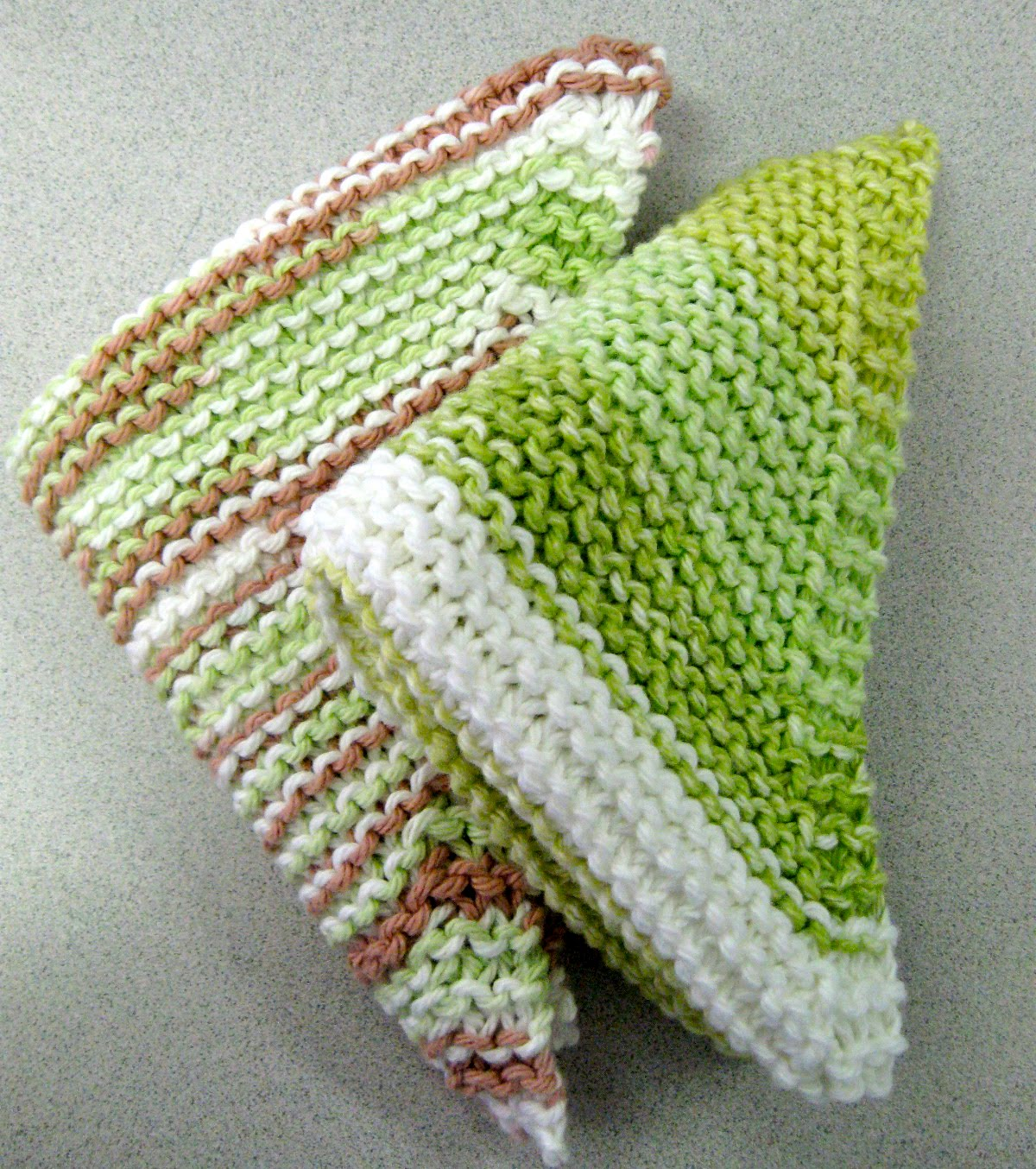 Easy Knit Dishcloth patternss from the Favecrafts website. Great for ...
