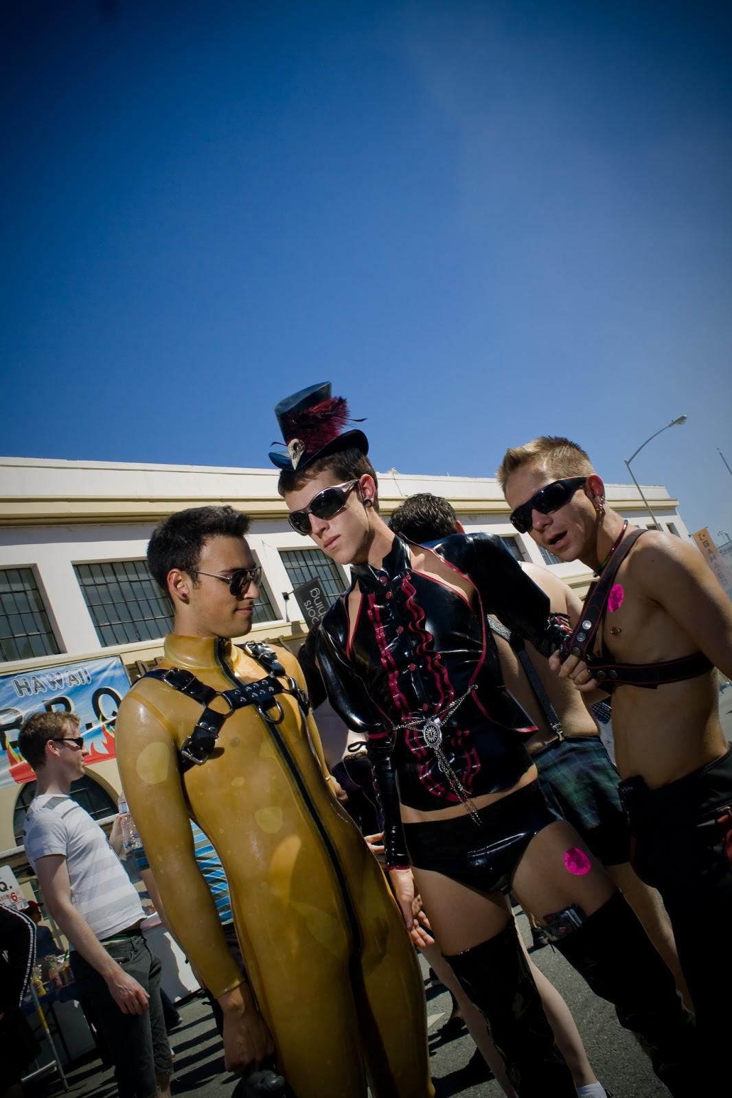 Wet Behind The Lens Photography: Folsom Street Fair 2010