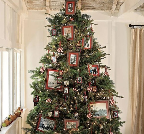 Riddle Interiors: Decorating Your Tree Without Traditional