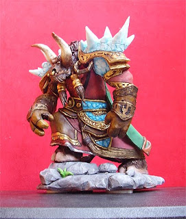 statuina personalizzata world of warcraft tauren action figures orme magiche scultore